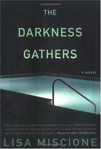 Download The darkness gathers